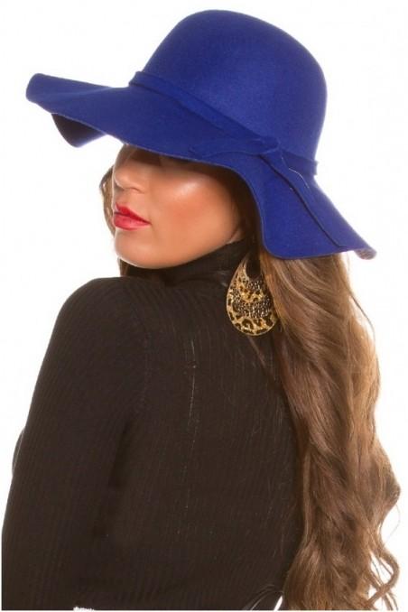 Mėlyna skrybėlė
