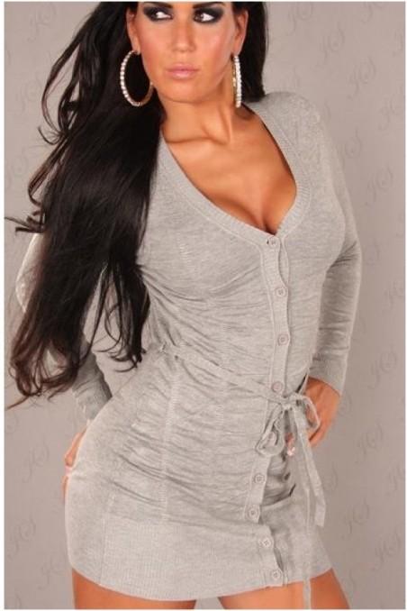 Pilkos spalvos ilgas megztinis su sagutėm