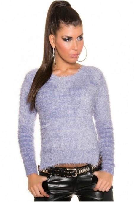 Šviesiai violetinis pūkuotas megztinis su pailginta nugara