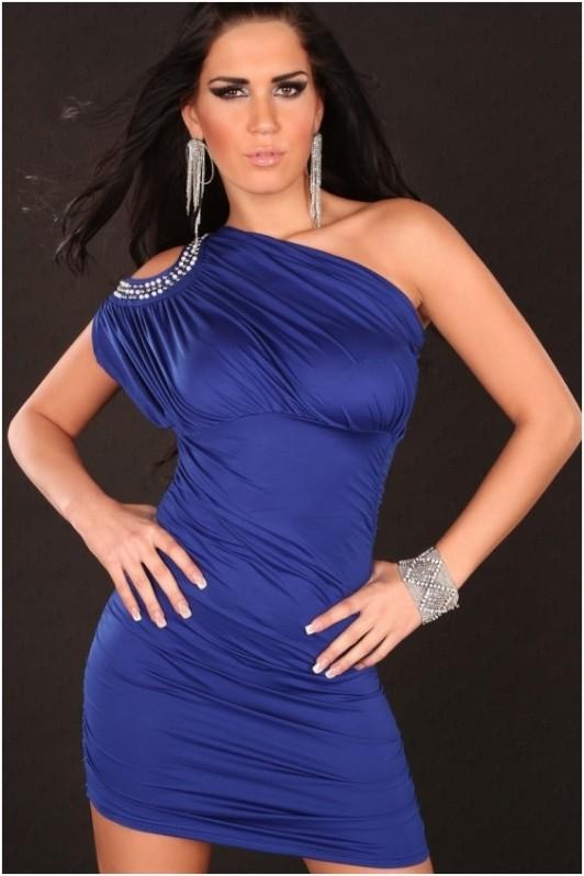 Mėlyna suknelė per vieną petį