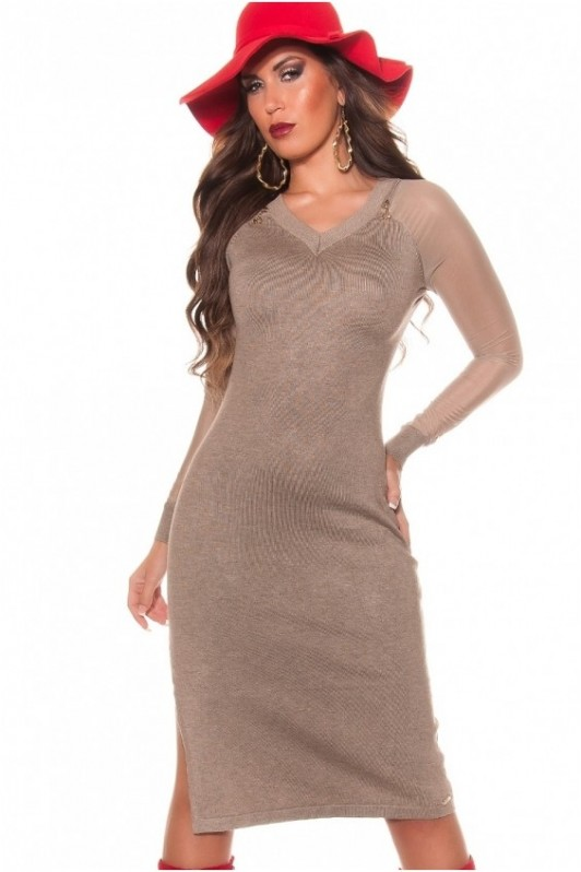 Kakavos spalvos suknelė su skeltuku dešinėje pusėje