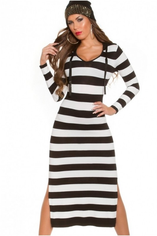 Ilga dryžuota suknelė su kapišonu