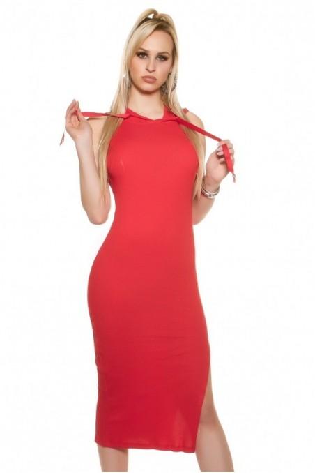 Ilga raudona suknelė be rankovių