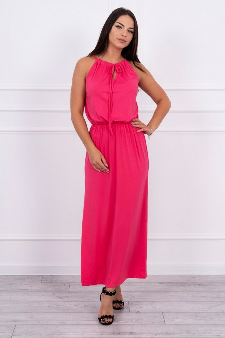 Rožinė ilga suknelė
