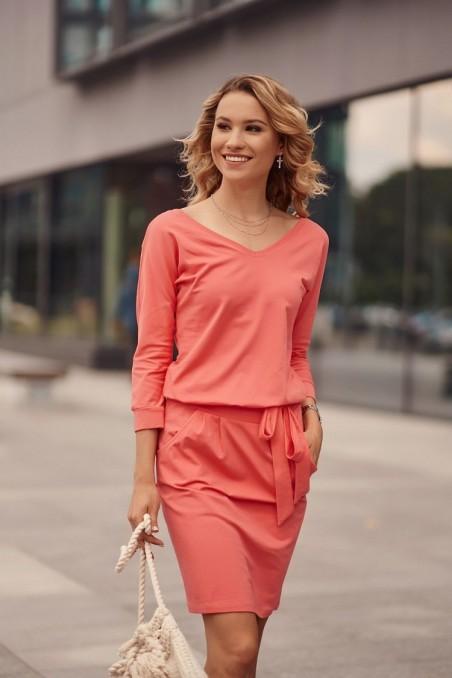 Koralų spalvos laisvalaikio suknelė