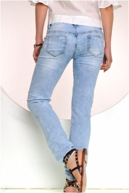 Šviesūs džinsai